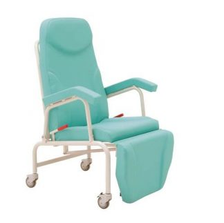 Resting chair with armrests and wheels