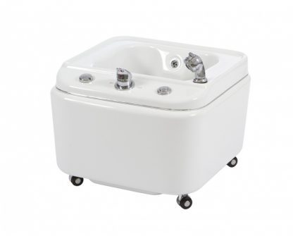 Foot bath for SPA with wheels