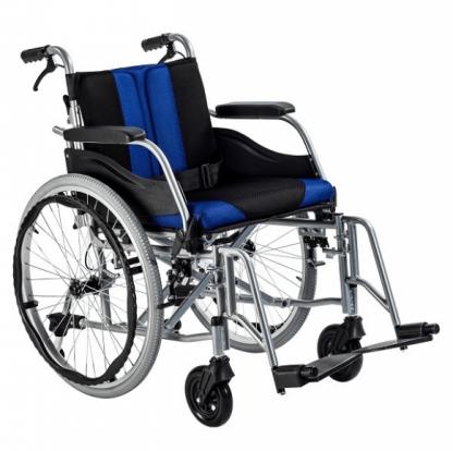Hopfällbar rullstol med aluminiumram - Anpassad för inomhus och utomhus
